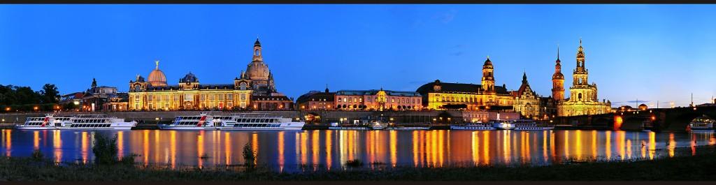 Panorámica de Dresden ás beiras do Elba